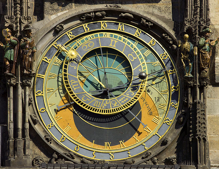 astronomical clock Godot13 CC ASA 3.0